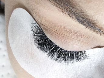 Base course « From classic to volume: eyelash extension full tutorial»